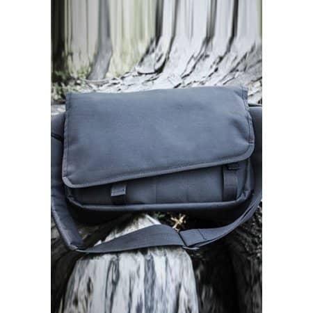 Messenger Bag 600/210 von CONA SPORTS (Artnum: CNB01