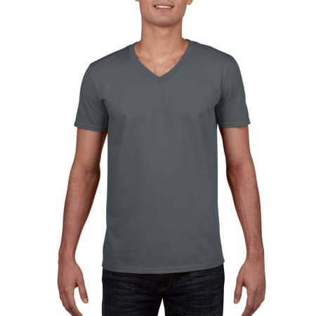 Softstyle® V-Neck T-Shirt in Charcoal (Solid) von Gildan (Artnum: G64V00